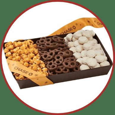 Snack Tray – Popcorn, Pretzels & Cookies